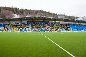 Tifo vid premiären 2015, Norrlandsflaggan på norra läktaren
