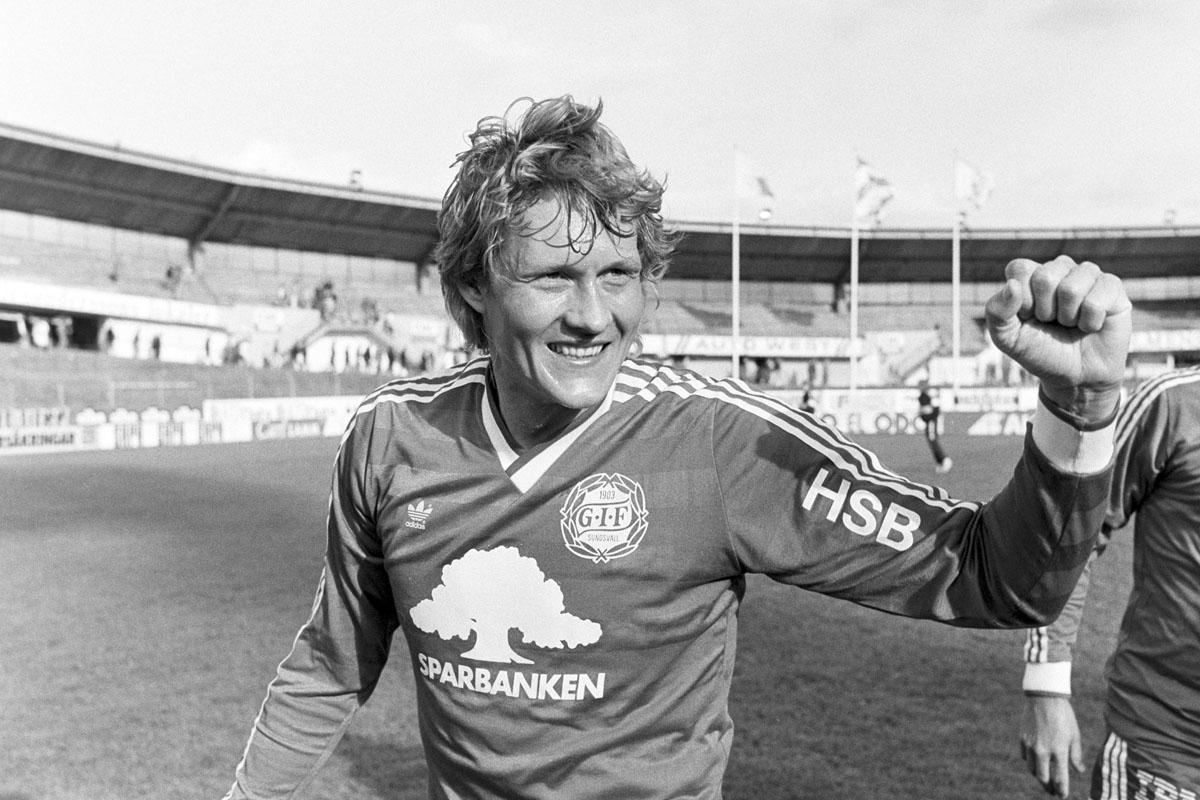 GIF Sundsvalls Håkan Sandberg efter bortaseger mot IFK Göteborg (0-1) i Allsvenskan 1988.