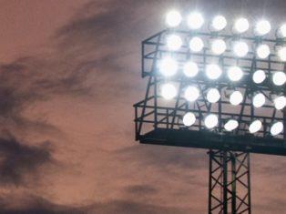 Premiär för nattfotboll i Nacksta och Bredsand