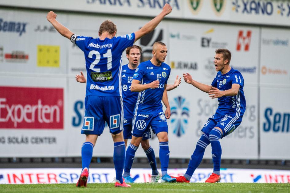 """J-Södra–GIF 3–3: """"Dennis Olsson går på vatten"""""""